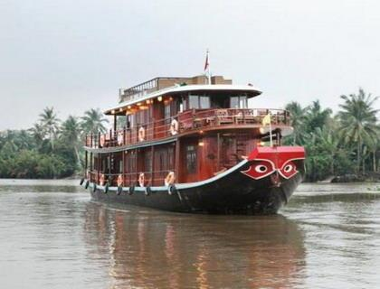 Cai Be - Sadec - Can Tho by Le Cochinchine Cruise
